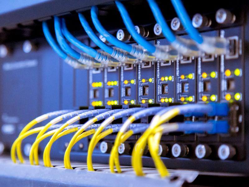 Toute installation de réseaux informatiques à Saint-Ouen-l'Aumône | RESTOR